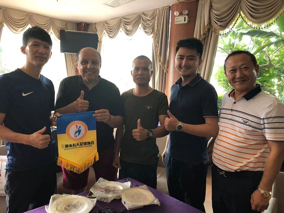 DIFA President Visits Sanya to bid for U-21 Futsal in 2020